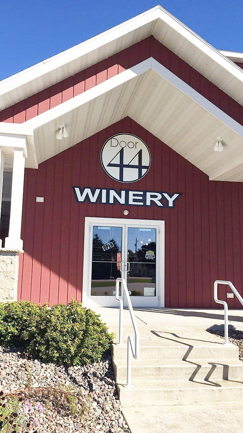 A Long Weekend Getaway Guide to Door County, Wis. - Door 44 Winery