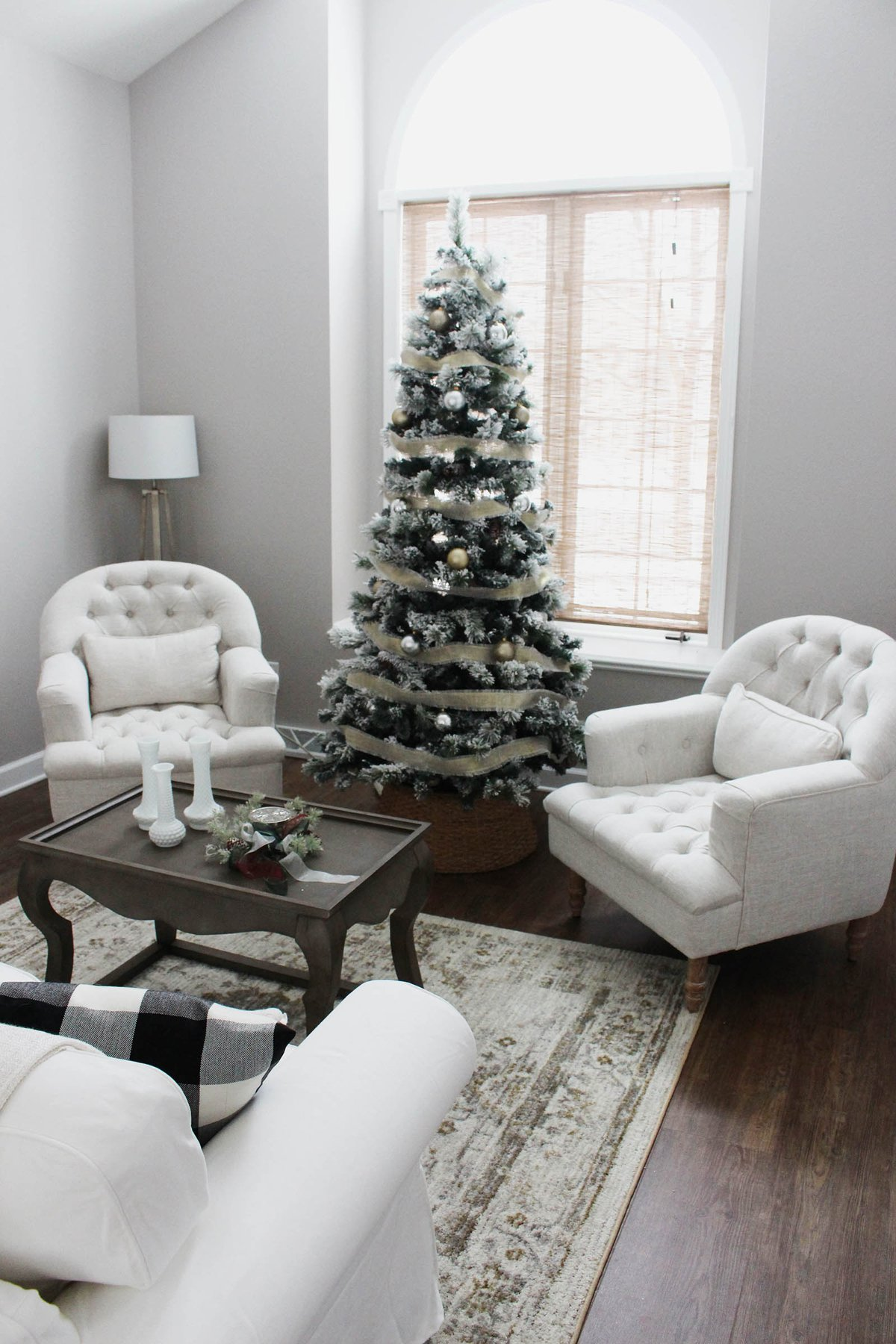 A Neutral Christmas Sitting Room