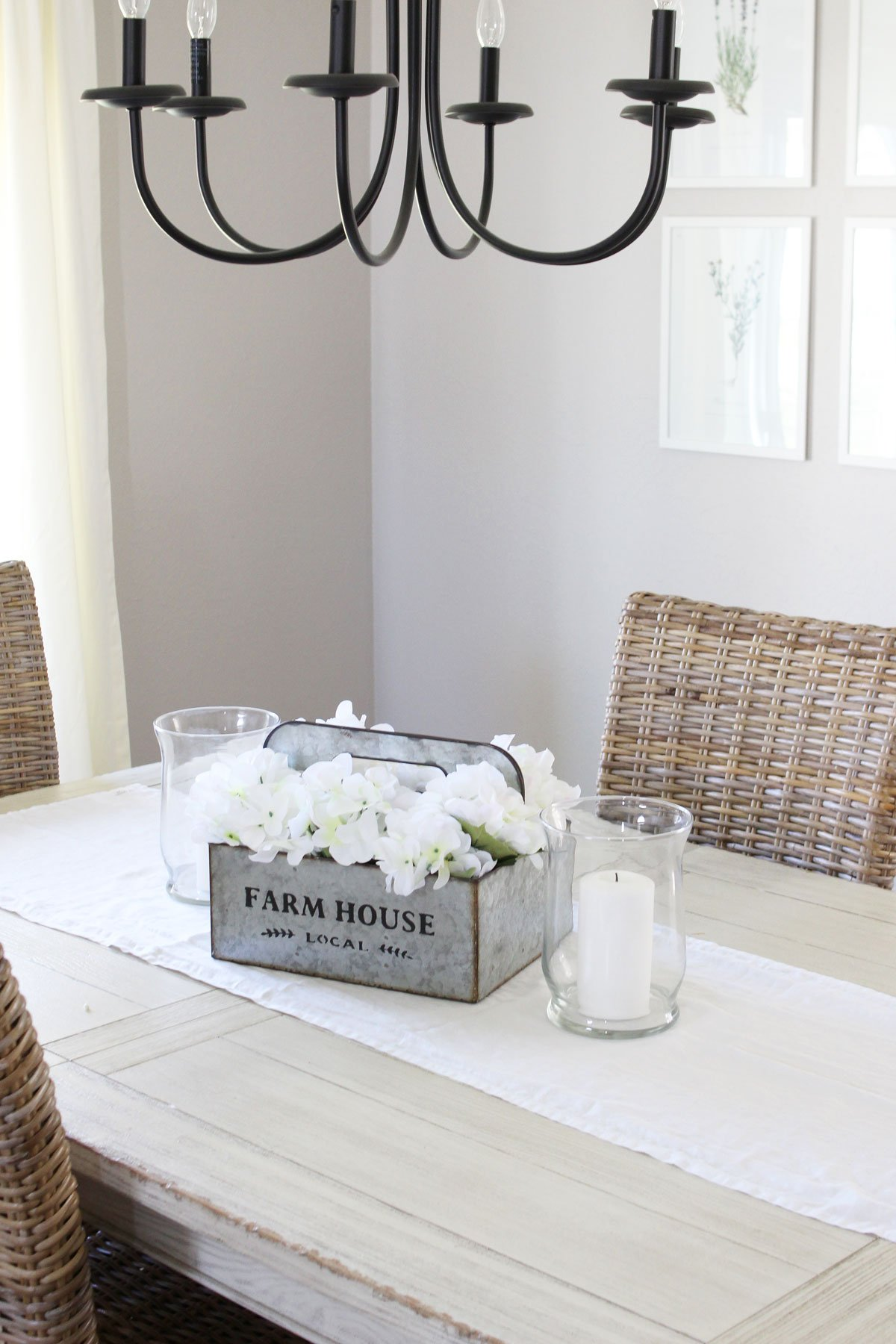 Simply DIY Farmhouse-Style Spring Centerpiece in dining room