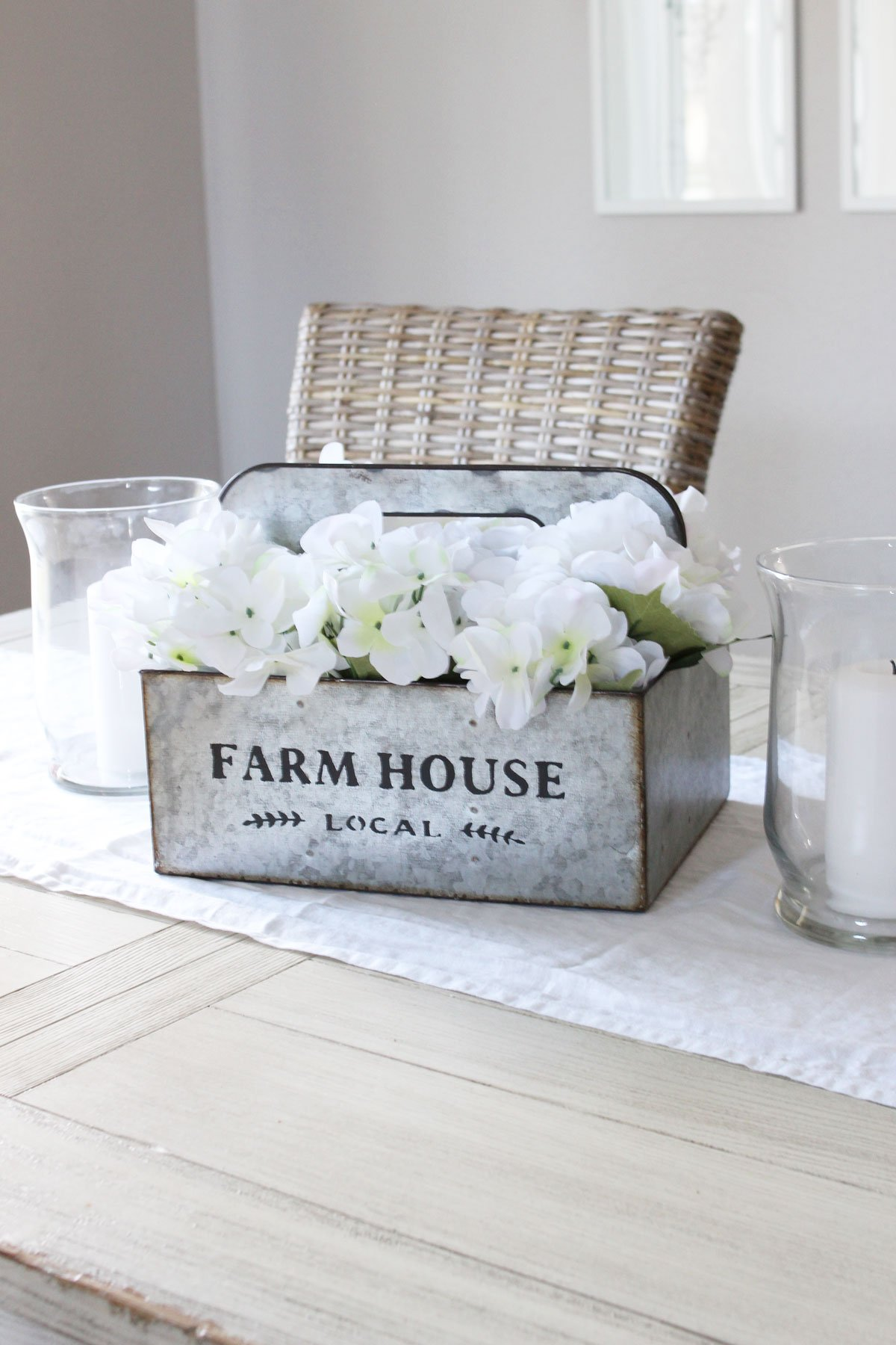 Simple DIY Farmhouse-Style Spring Centerpiece
