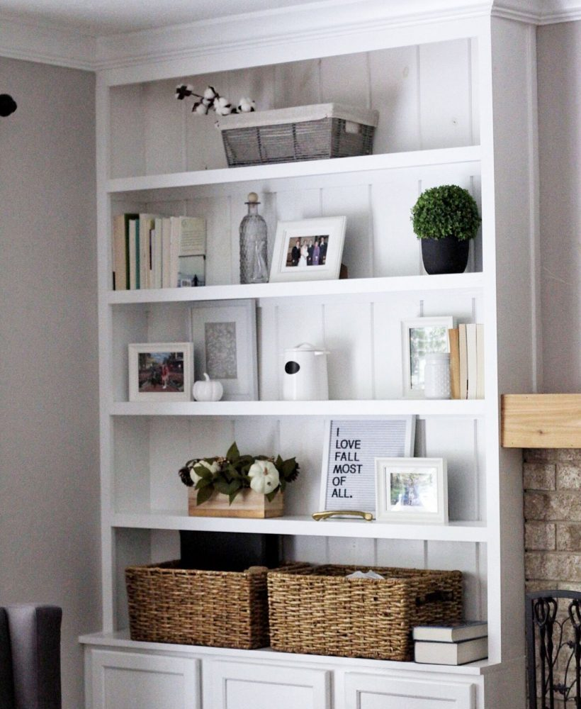 Updated Family Room Built-Ins Styling