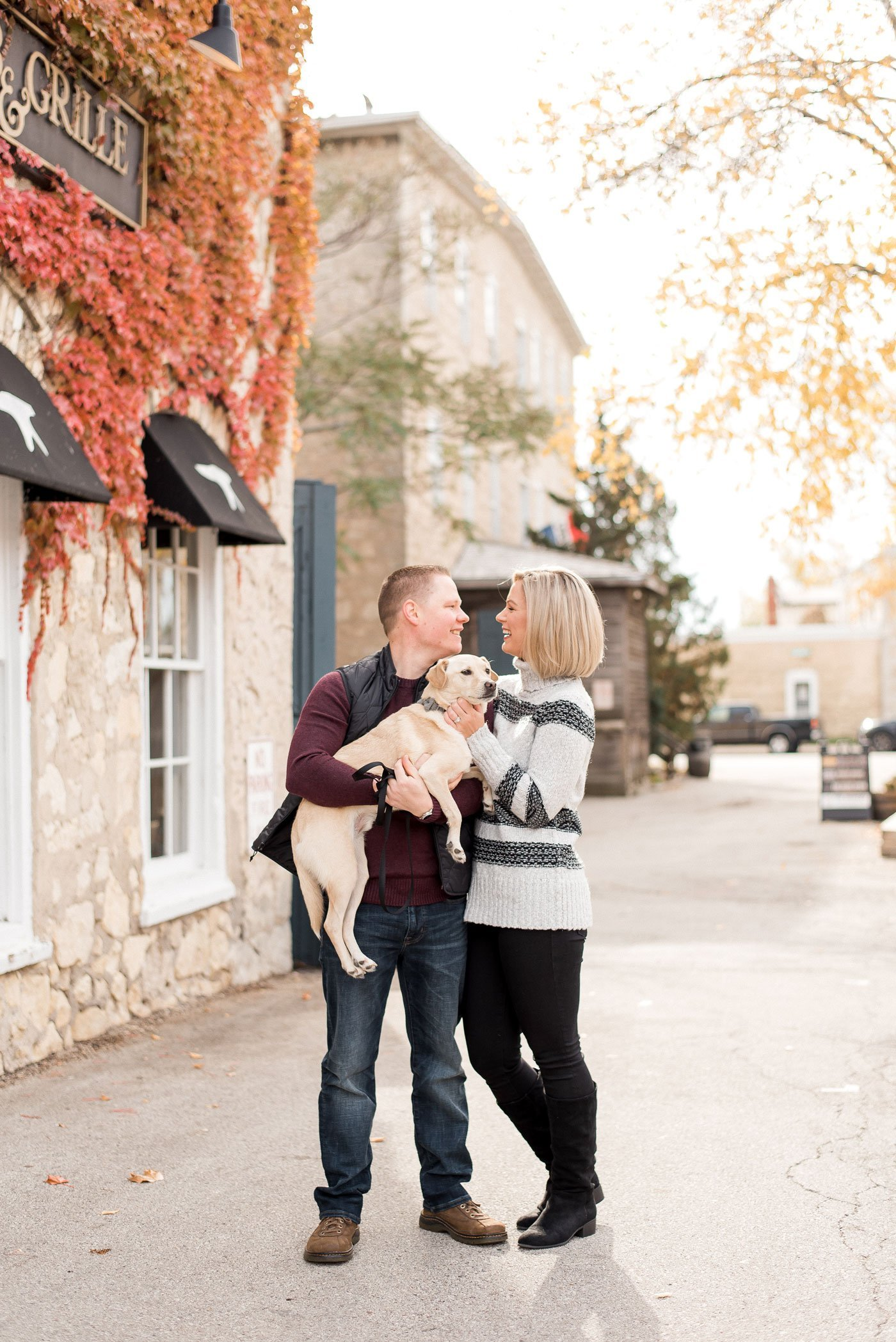 fall family photos with dog - cedarburg, wis.