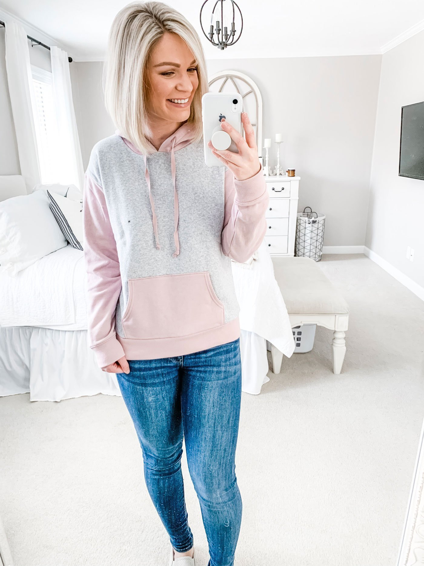 AE coloblock hoodie in blush